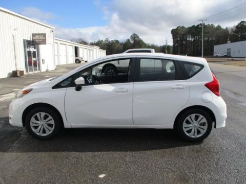 Pre-Owned 2017 Nissan Versa Note SV CVT
